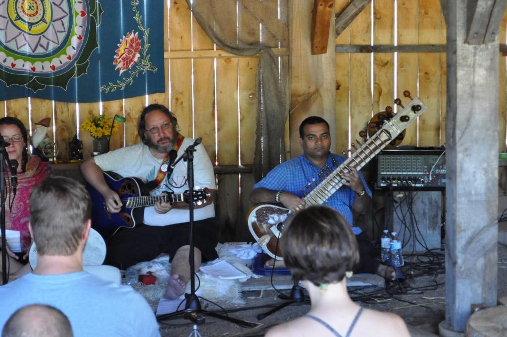 Joe Ronco and Ram Vakkalanka (sitar) at Bhakti in the Woods Festival 2013